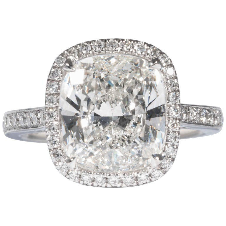 Shreve, Crump & Low GIA Certified 4.01 Carat I VVS2 Cushion Cut Diamond Ring For Sale