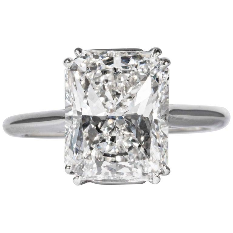 Shreve, Crump & Low GIA Certified 4.50 Carat F VS2 Radiant Cut Diamond Plat Ring For Sale