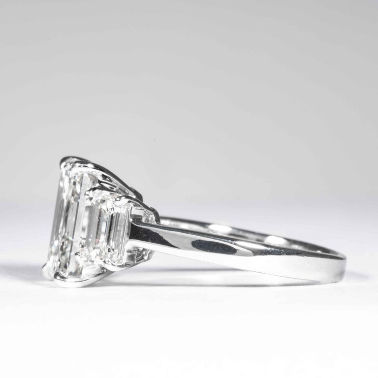 Shreve, Crump & Low GIA Certified 5.05 Carat J VVS2 Emerald Cut Diamond Ring In New Condition For Sale In Boston, MA
