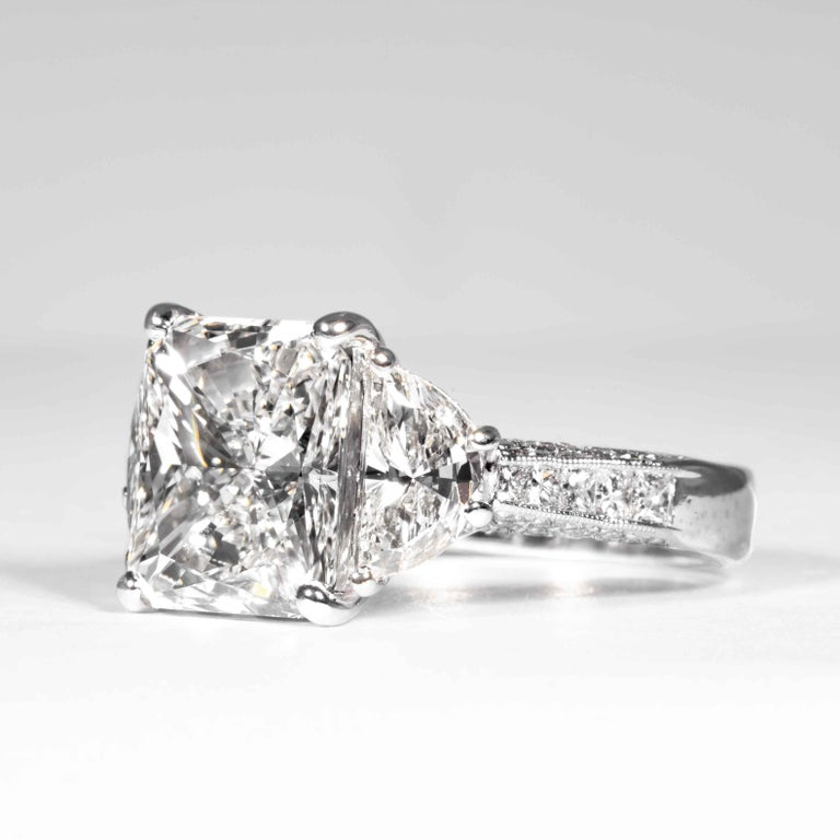 Shreve, Crump & Low GIA Certified 5.07 Carat I VS2 Radiant Cut Diamond Plat Ring In New Condition For Sale In Boston, MA
