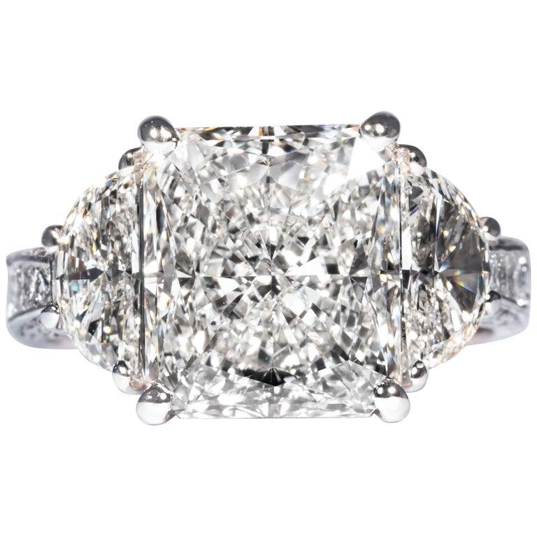 Shreve, Crump & Low GIA Certified 5.07 Carat I VS2 Radiant Cut Diamond Plat Ring For Sale