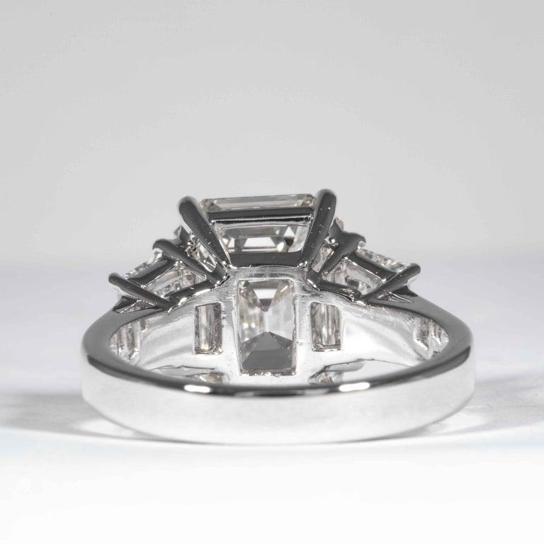 Shreve, Crump & Low GIA Certified 5.13 Carat J VS2 Emerald Cut Diamond Plat Ring For Sale 1
