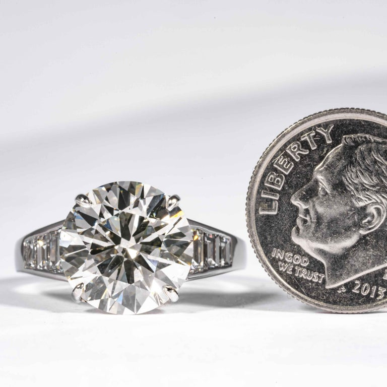 Shreve, Crump & Low GIA Certified 5.60 Carat J SI1 Round Brilliant Diamond Ring For Sale 3