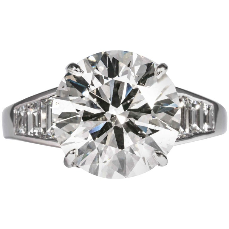 Shreve, Crump & Low GIA Certified 5.60 Carat J SI1 Round Brilliant Diamond Ring For Sale