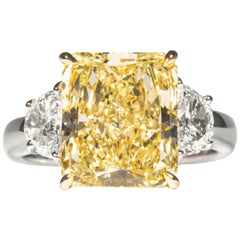 Shreve, Crump & Low GIA Certified 5.87 Carat Fancy Yellow Radiant Diamond Ring