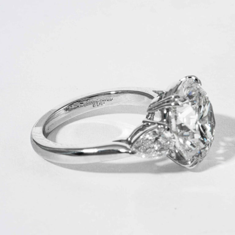 Shreve, Crump & Low GIA Certified 5.90 Carat K VS2 Round Brilliant Diamond Ring For Sale 1
