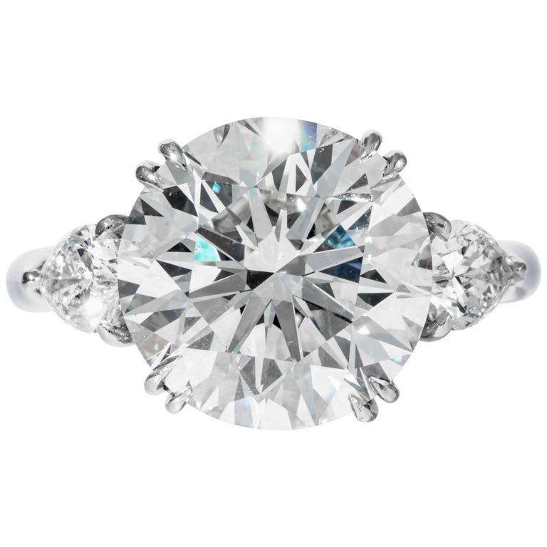 Shreve, Crump & Low GIA Certified 5.90 Carat K VS2 Round Brilliant Diamond Ring For Sale