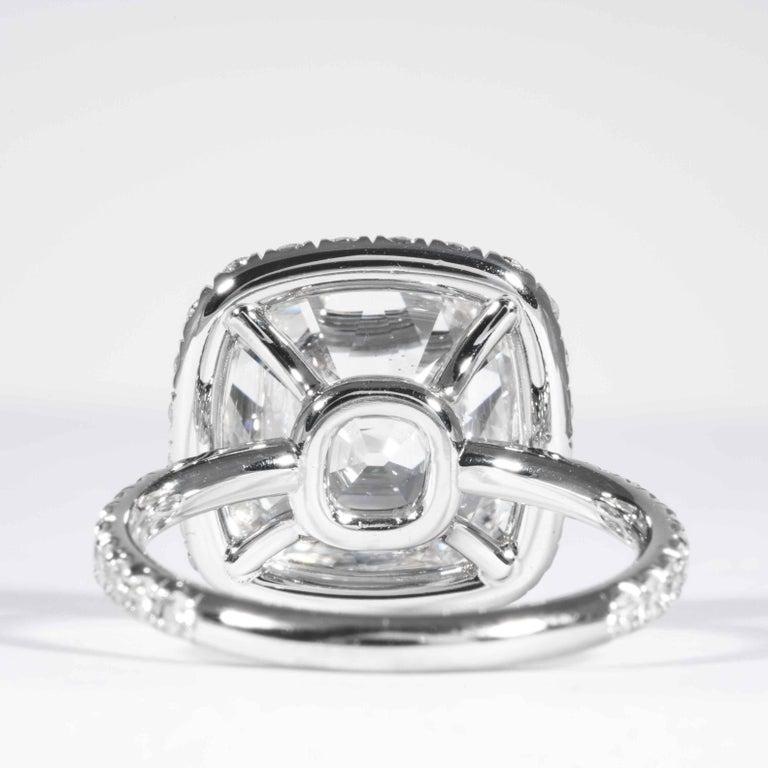 Shreve, Crump & Low GIA Certified 7.01 Carat G SI2 Cushion Cut Diamond Ring For Sale 2