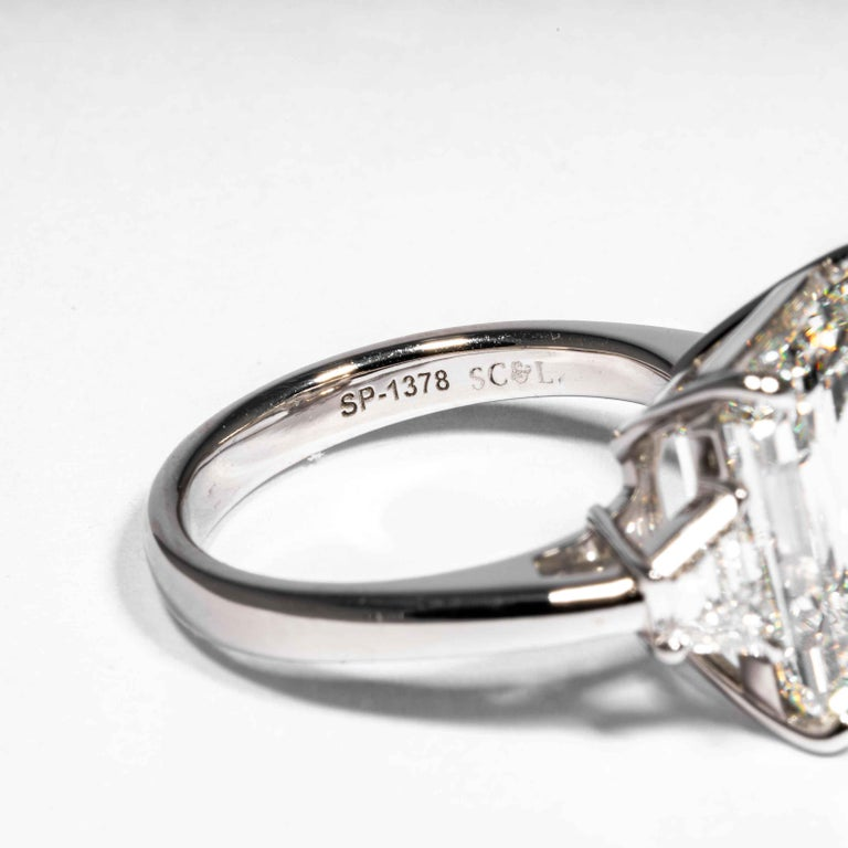 Shreve, Crump & Low GIA Certified 8.97 Carat G VS2 Emerald Cut Diamond Ring For Sale 3