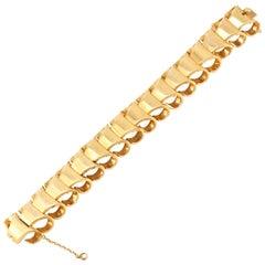 Shrimp Style 18 Karat Gold Bracelet