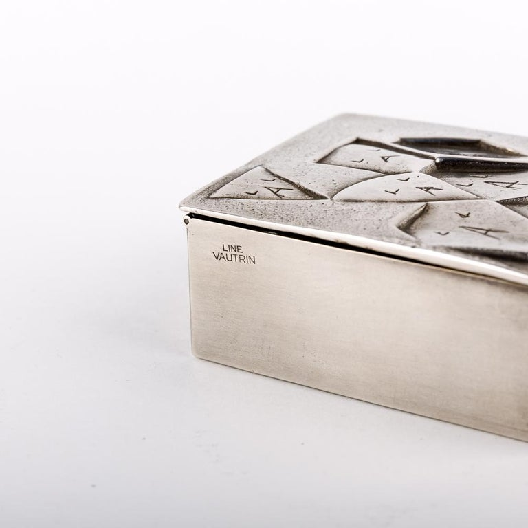 20th Century Si face a elle j'osais, French 50 Line Vautrin Silvered Bronze Box For Sale