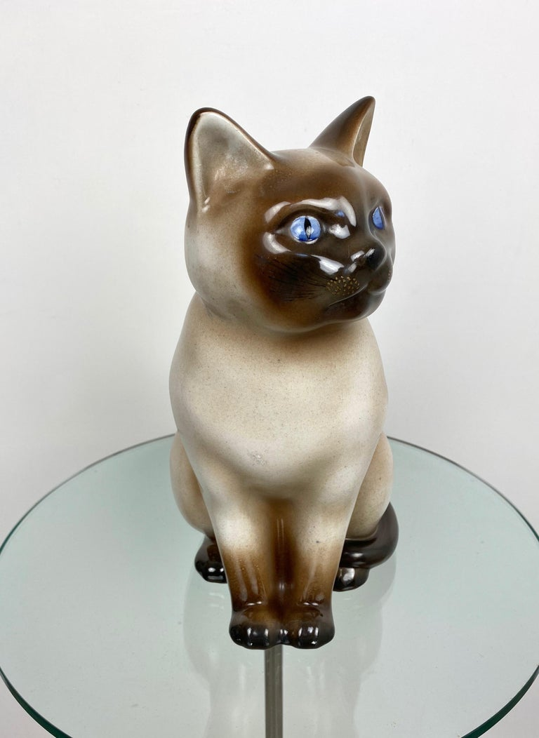 Siamese Cat Vintage Ceramic Sculpture by Piero Fornasetti 1960s Italy In Good Condition For Sale In Rome, IT