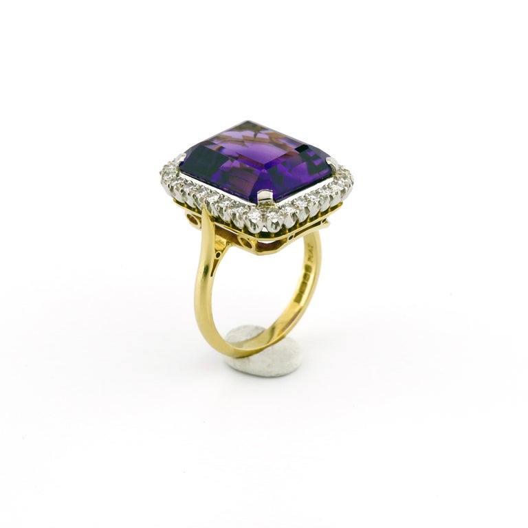 Modern Kate Middleton's Engagement Ring Was Created By the Same Jeweler Who Made This For Sale