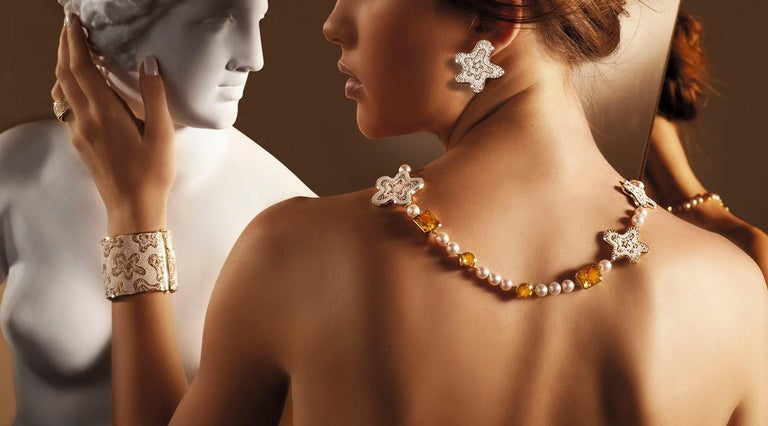 Designed by the American designer Roger Thomas for Sicis Jewels.   Gold 750‰   Cultured Pearls  Citrine Quartz   For any questions please feel free to ask.