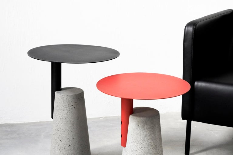 Contemporary Side Table 'Bai' Made of Concrete and Steel '+Colors' '+Sizes' For Sale
