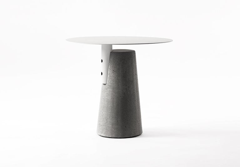 Side Table 'BAI' Made of Concrete and Steel 'Small' '+Colors' For Sale 2