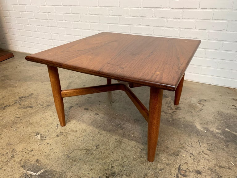Mid-Century Modern Side Table by John Nyquist For Sale