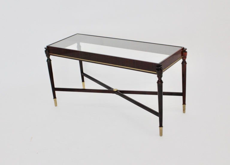 Mid-Century Modern Vintage Coffee Table Attributed to Paolo Buffa, Italy 1940s For Sale 4