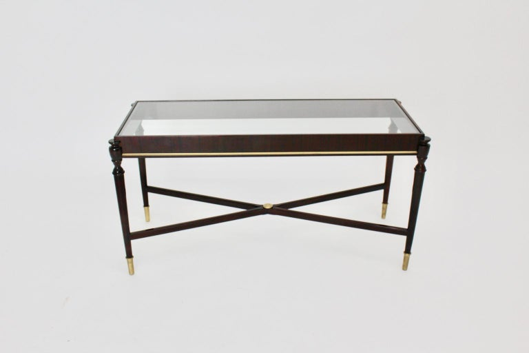 Mid-Century Modern Vintage Coffee Table Attributed to Paolo Buffa, Italy 1940s In Good Condition For Sale In Vienna, AT