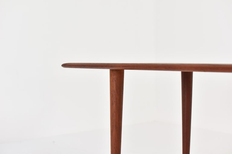 Side Table by Peter Hvidt & Orla Molgaard-Nielsen for France & Son, DK, 1960s In Good Condition For Sale In Antwerp, BE