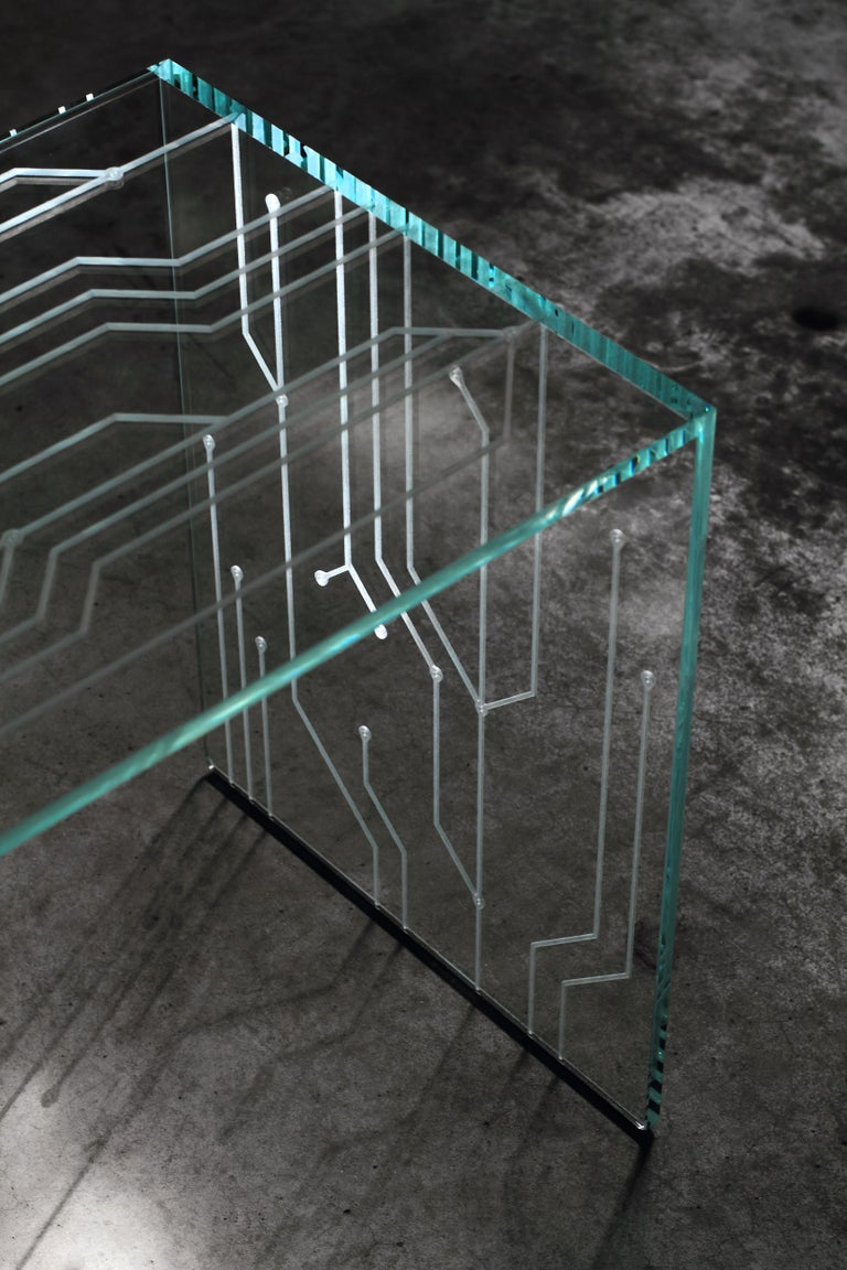 Side Table Glass Crystal Italian Contemporary Design For Sale 4