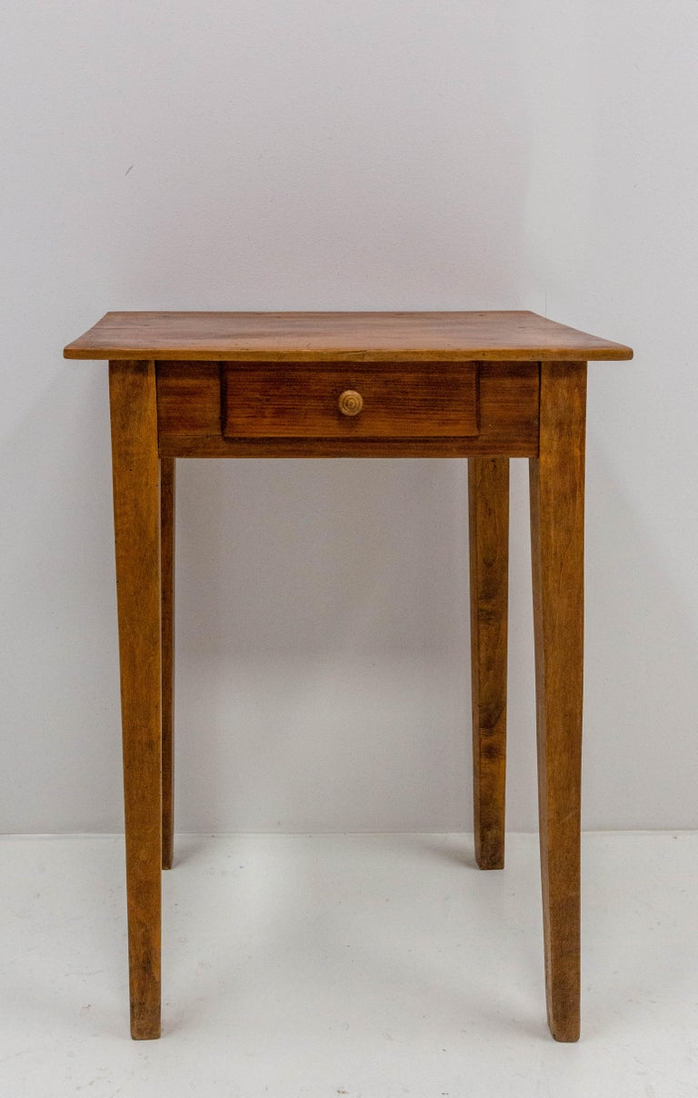 End table or side table with drawer Poplar and pine French, circa 1910 Good condition  wooden case 58 76 44 cm 16 kg.