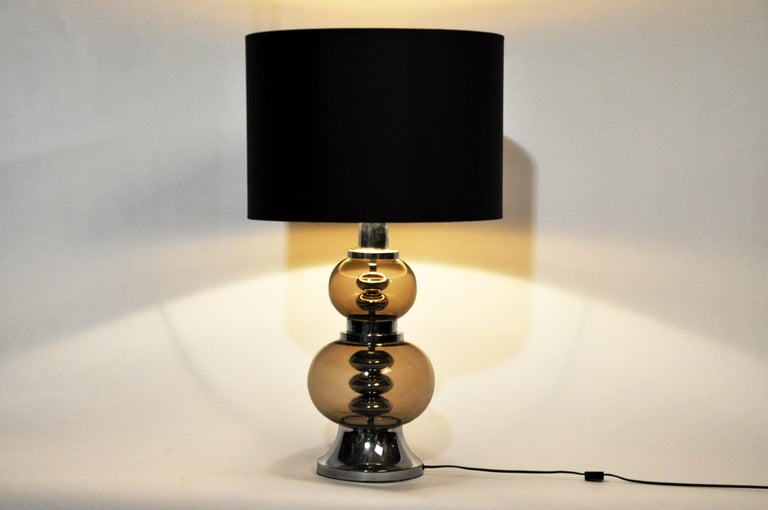 Pair of Glass and Chrome Table Lamps In Good Condition For Sale In Chicago, IL