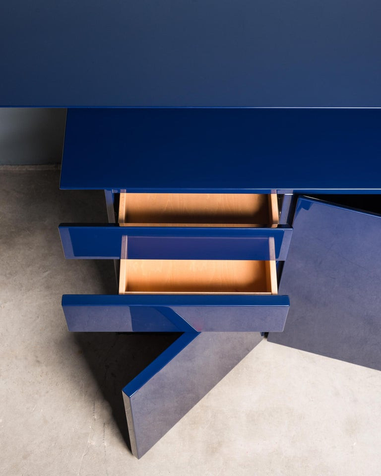 Lacquer Sideboard by G.Offredi for Saporiti For Sale