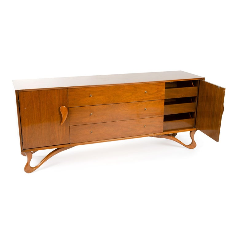 Mid-Century Modern Sideboard with Teardrop Handles and Ribbon Feet For Sale