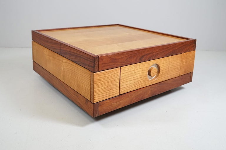 Sidetable on wheels with drawers on both sides