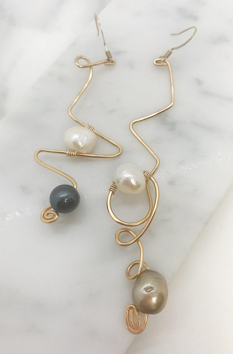 Sidney Cherie Studio Texture Gold brass Earrings with Freshwater Pearls In New Condition For Sale In Brooklyn, NY