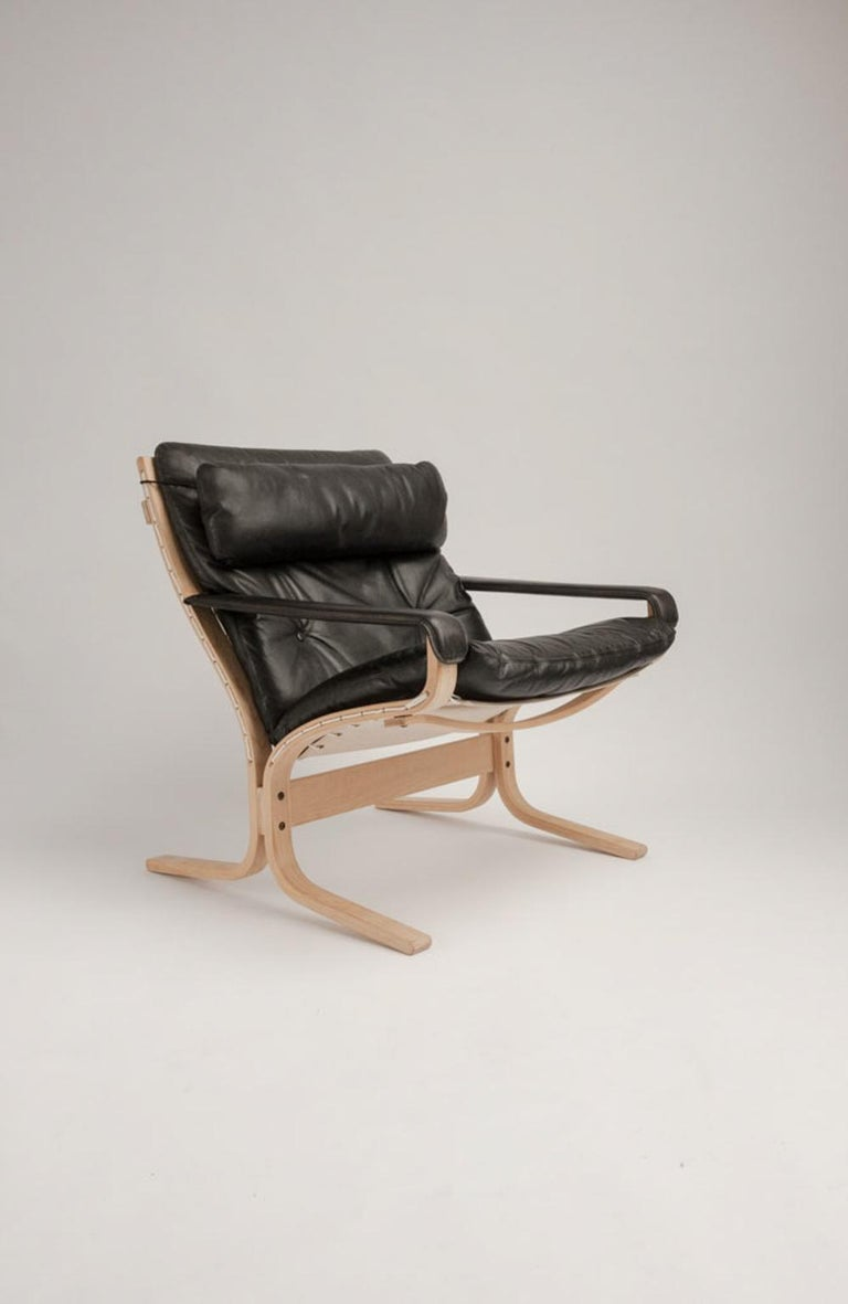 Mid-20th Century Siesta Chair and Ottoman by Ingmar Relling For Sale