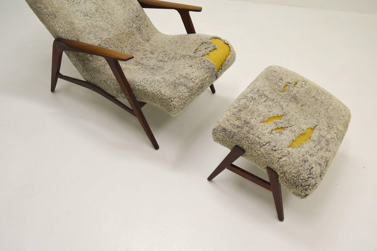 Sheepskin Siesta Lounge Chair by Jio Möbler, Sweden For Sale