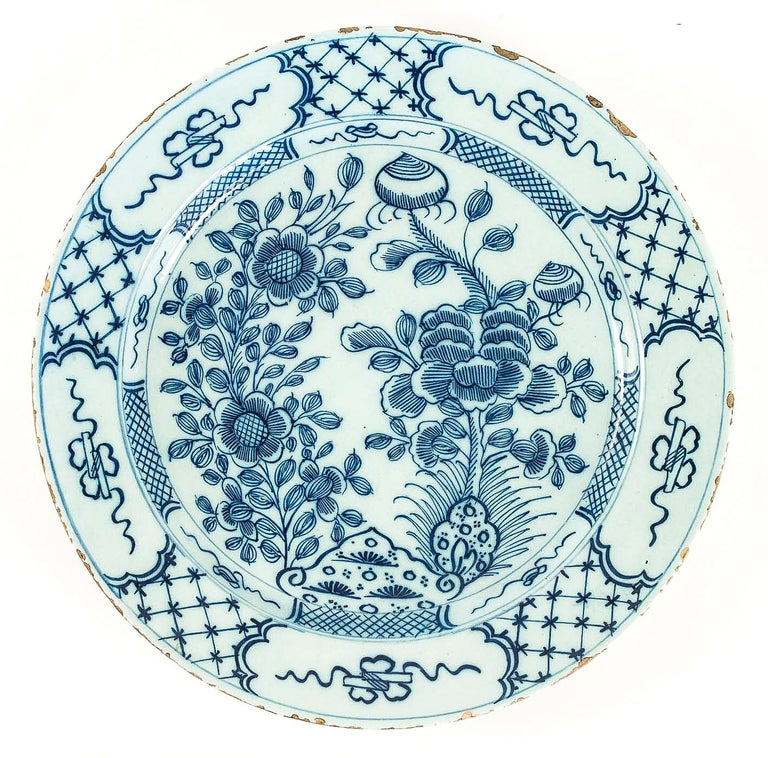 Dutch Sign by Ax, Mid-18th Century, Magnificent Faience Delft Round Dish For Sale