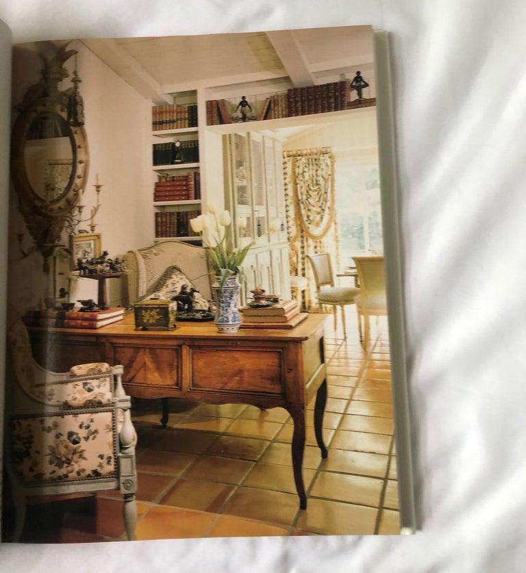 "Traditional home magazine USA printed, 1999. Size: 9.75"" W x 12"" L x 1"" H."