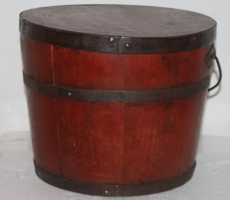 Hand-Crafted Signed 19th Century Shaker Painted Bucket For Sale