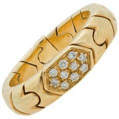 Bvlgari Parentesi Diamond Band Ring in 18 Karat Yellow Gold, circa 1980