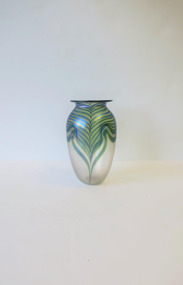 A very beautiful 20th century contemporary art glass vase in the Art Nouveau style, circa 1980s, signed by artist Robert Eickholt. Vase is signed