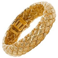 David Webb Articulated 18 Karat Gold Navette Link Bracelet, circa 1960
