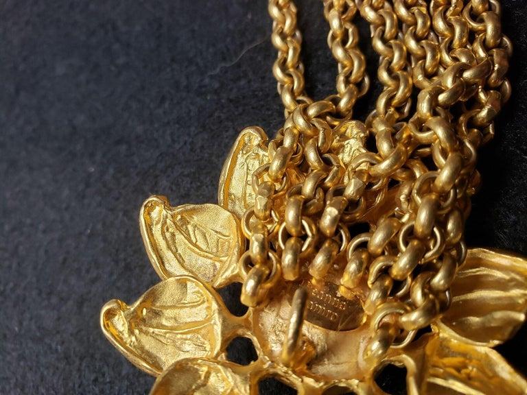 Signed Deanna Hamro Designer Vintage Sunflower Golden Multi Chain Bracelet In Excellent Condition For Sale In Montreal, QC