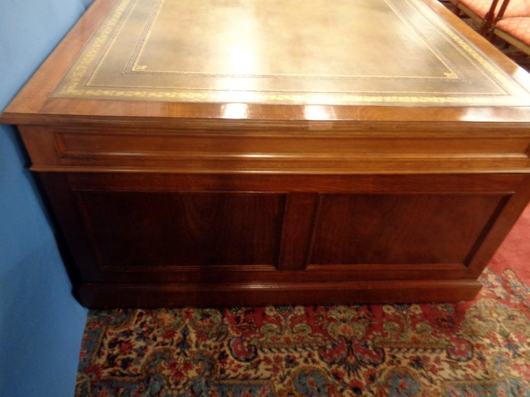 Signed English Double Sided Mahogany Partners Desk by Maple & Co. In Excellent Condition For Sale In West Hollywood, CA