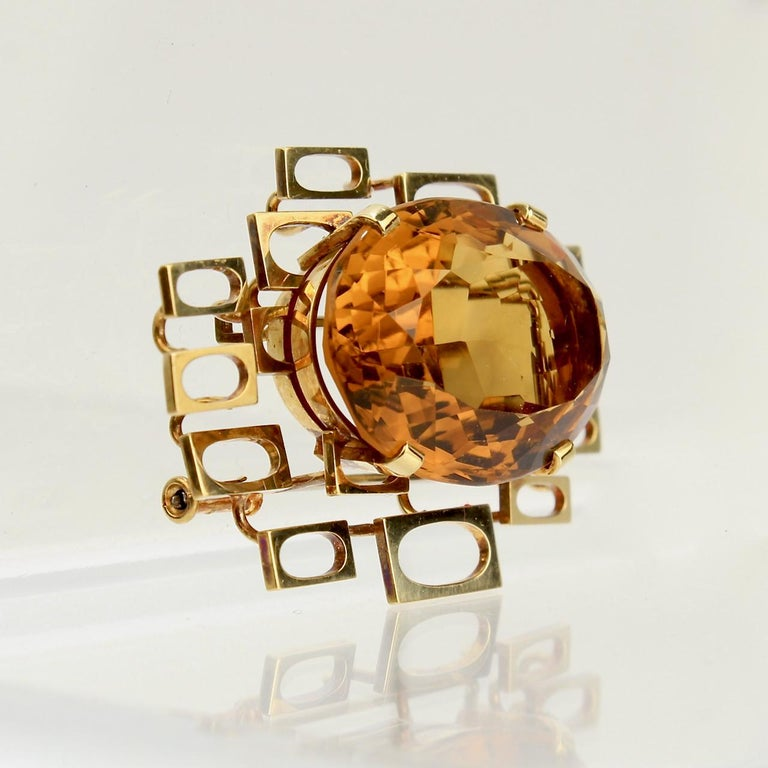Oval Cut Signed Eric Pickler Modernist 18k Gold and Citrine Brooch or Scarf Pin, 1960s For Sale