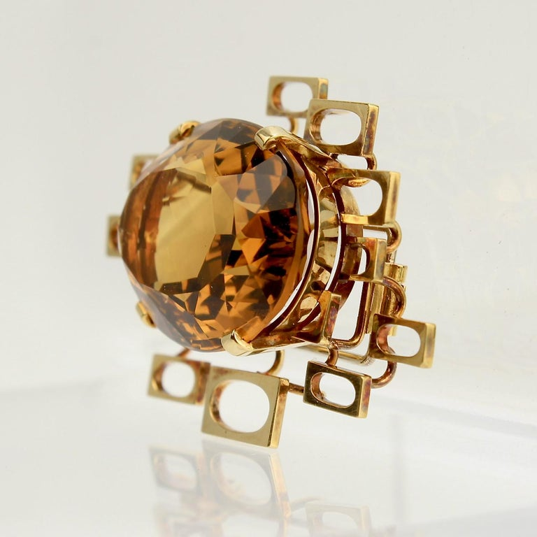Signed Eric Pickler Modernist 18k Gold and Citrine Brooch or Scarf Pin, 1960s In Good Condition For Sale In Philadelphia, PA