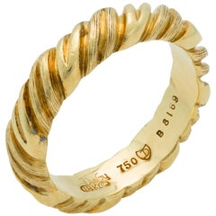 Henry Dunay 18 Karat Yellow Gold Band Ring with Swirl Motifs