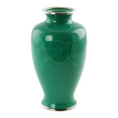 Signed Japanese Ando Jade Green Wireless Cloisonné Vase
