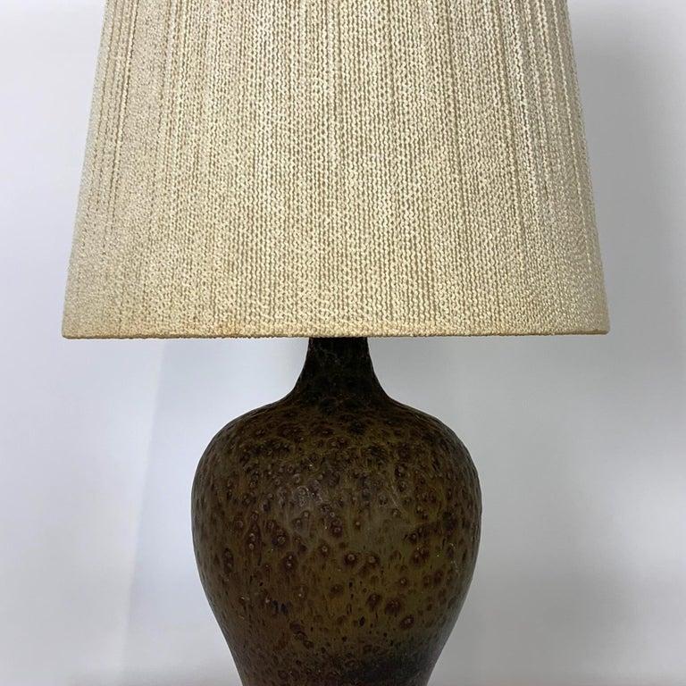 Mid-Century Modern Signed Lee Rosen Design Technics Textured Glaze Ceramic Lamp w Original Shade For Sale