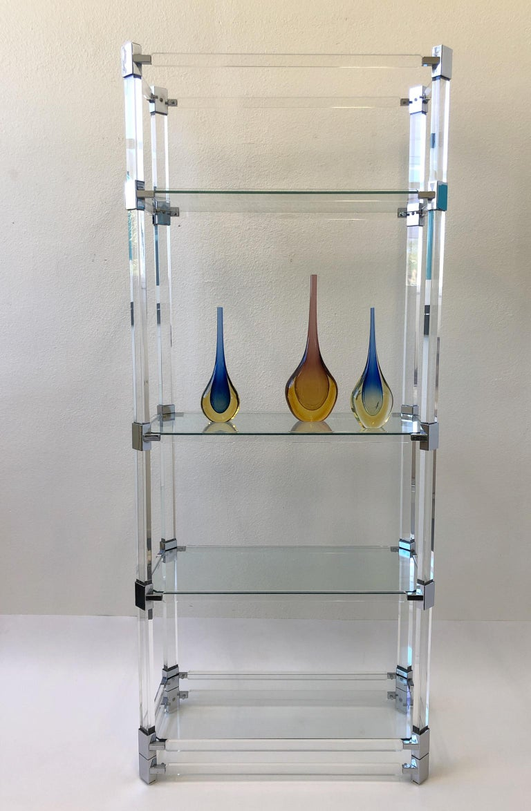 Signed Lucite and Chrome Étagère by Charles Hollis Jones In Excellent Condition For Sale In Palm Springs, CA