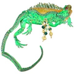 Signed LUNCH AT THE RITZ Green Enamel Crystal Iguana Lizard Brooch and Enhancer