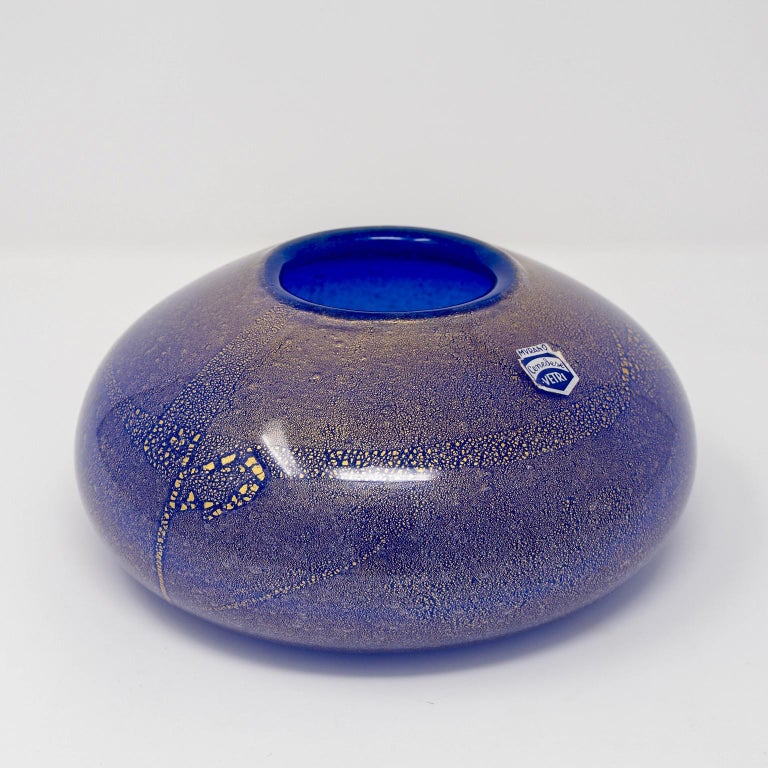 Signed Midcentury Cenedese Blue and Gold Murano Glass Vase For Sale 1