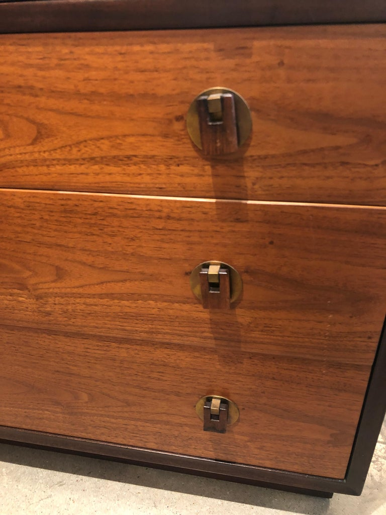 Signed Mid-Century Modern Edward Wormley / Dunbar Chest of Drawers, Brass Pull For Sale 5